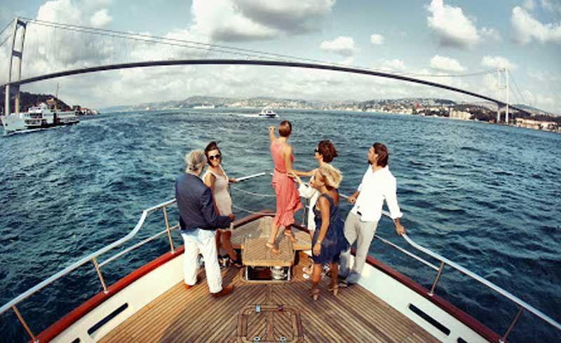 FULL DAY PRIVATE BOSPHORUS CRUISE & TWO CONTINENTS TOUR